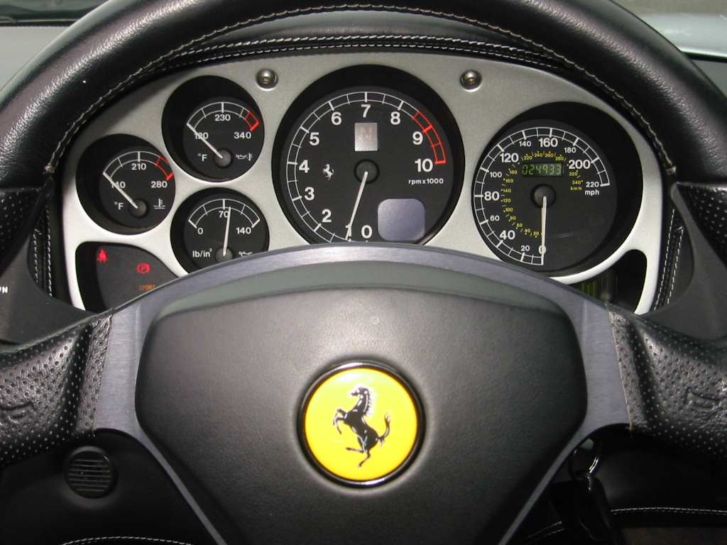 Ferrari-360-Spider-Dashboard